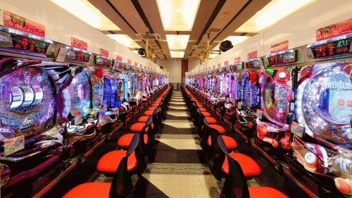 ギャンブル性の無いパチンコとは?菅氏発言で業界存続が濃厚!?